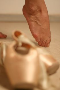 ballerina leg by nicoleta cioba