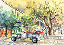 A-beautiful-car-in-budapest-m