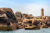 The lighthouse of Ploumanach, Cote de granite rose in North Brittany, France von 7horses