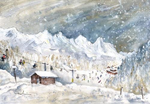 Skiing-in-in-the-dolomites-in-italy-m