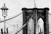 new york city ... brooklyn bridge & lantern von meleah