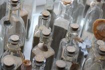 Sand in Flaschen  von fotowelt-luebeck