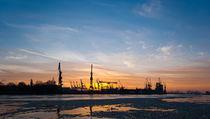 Hamburger Hafen in Abendstimmung von Dominique Chasseriaud