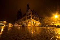 Lakenhalle la nuit by Rob Hawkins