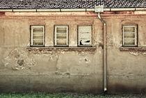 Häuserwand by Christina Beyer