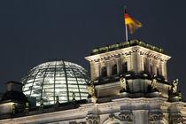 Reichstagsgebäude - Lichtgrenze, 25 Jahre Mauerfall,  von Kurt Gruhlke