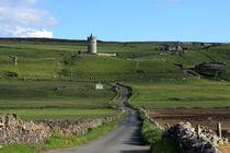 Doonagore Castle - Ireland von Aidan Moran