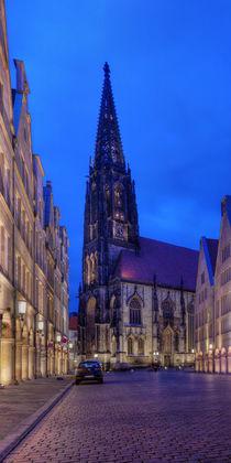 Münster (Westf.) - Prinzipalmarkt und Lambertikirche bei Nacht - Teil 2v3 von Münster Foto