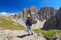 Dolomiti - hiker in Sella mount by Antonio Scarpi