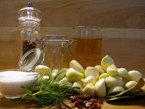 Knoblauch in der Küche von Heike Nedo