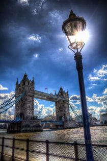 Tower Bridge View von David Pyatt