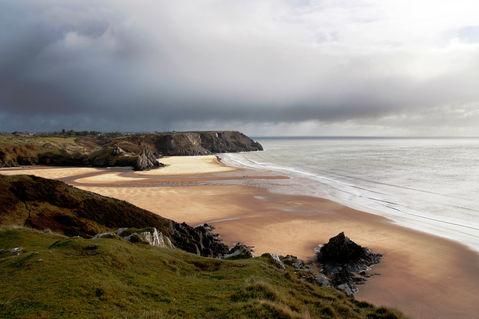 3-cliffs-beach-3