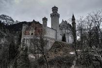 Schloss Neuschwanstein   by Rob Hawkins