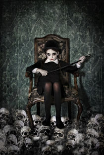 Queen of Skulls von spokeninred