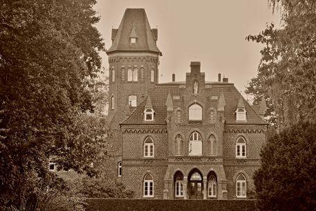 Marienburg-0001-cutb-6000-alt2