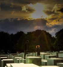 Auf dem Denkmal by Marianne Drews