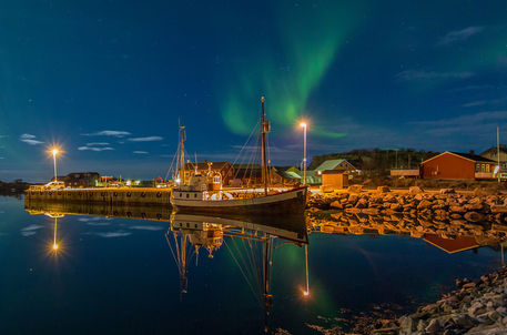 Laukvik-mirror-by-nick-wrobel-downloaded-from-500px-jpg
