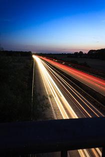 Autobahn bei Nacht von gilidhor