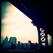 Under A Bridge von Isabella Morrien