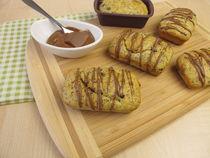 Mini-Kastenkuchen mit Mohn und Schokoladenguss by Heike Rau