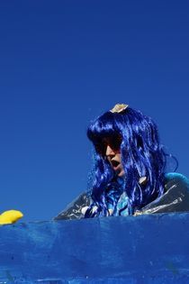Blau blau blau - Blue blue blue von leddermann
