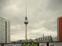 Fernsehturm, Berlin  by lsdpix