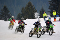 Dirt Bike - Motocross beim Eisrennen - Ice Race von Mark Gassner