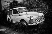 A derelict Morris Traveler von David Hare