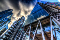 The Lloyd's of London Cheesegrater and Willis Group London by David Pyatt