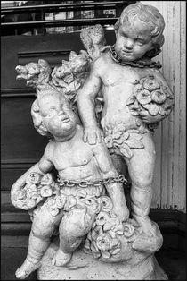 New Orleans Chained Cherubs von Michael Whitaker