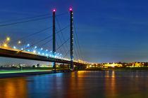 Rheinkniebrücke Düsseldorf by Daniel Heine