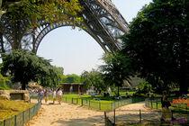 Tour Eiffel III by Carlos Segui