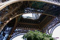 Tour Eiffel IV by Carlos Segui