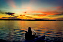 Sonnenuntergang mit Frau von Christian Behring