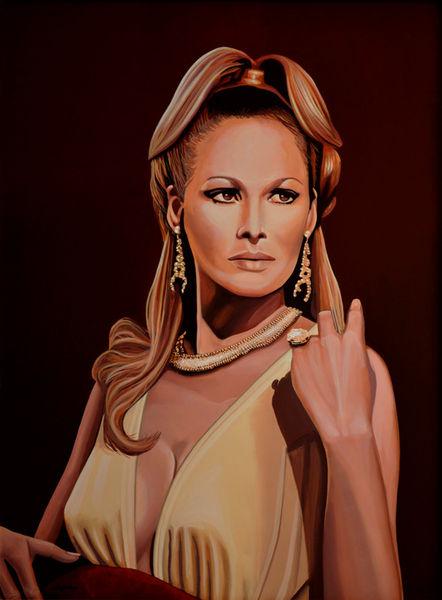 Ursula-andress-painting