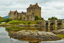 'Eilean Donan Castle' by gscheffbuch
