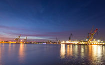 Hamburger Hafen XI by photoart-hartmann