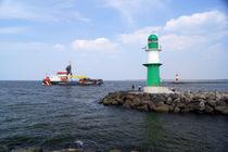 Küstenwache mit Leuchttürmen von Sabine Radtke
