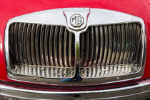 Oldtimer Detail - MG MGA Kühlergrill silber rot by Matthias Hauser