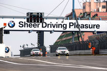 Sheer Driving Pleasure von Mario Hommes