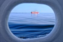 Schiff-alexander-durch-bullauge