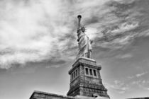 Statue of Liberty by noxfotografie
