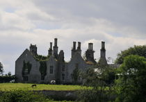 House-with-no-roof-durrow-2