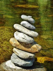 Meditation Steinhaufen by Christine Huwer