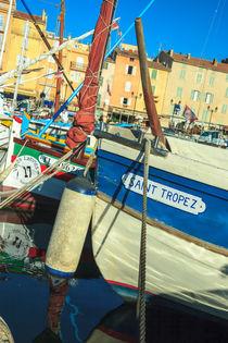 fisherman's boat  by Leandro Bistolfi