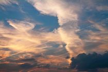 Wolken wie gemalt von Hella Schümann