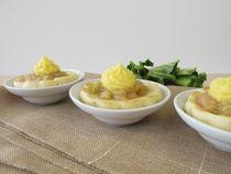 Ofengebackene Eierkuchen mit Rhabarber und Vanillepudding von Heike Rau