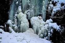 Icy Waterfall von mario-s