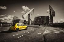 PT cruiser bridge  by Rob Hawkins