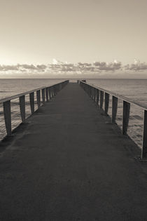 Pier to Horizon by cinema4design